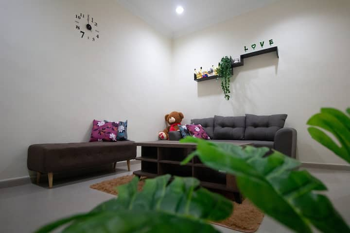 [Deluxe Homestay]@JB Sri Tebrau with car park新山市中心