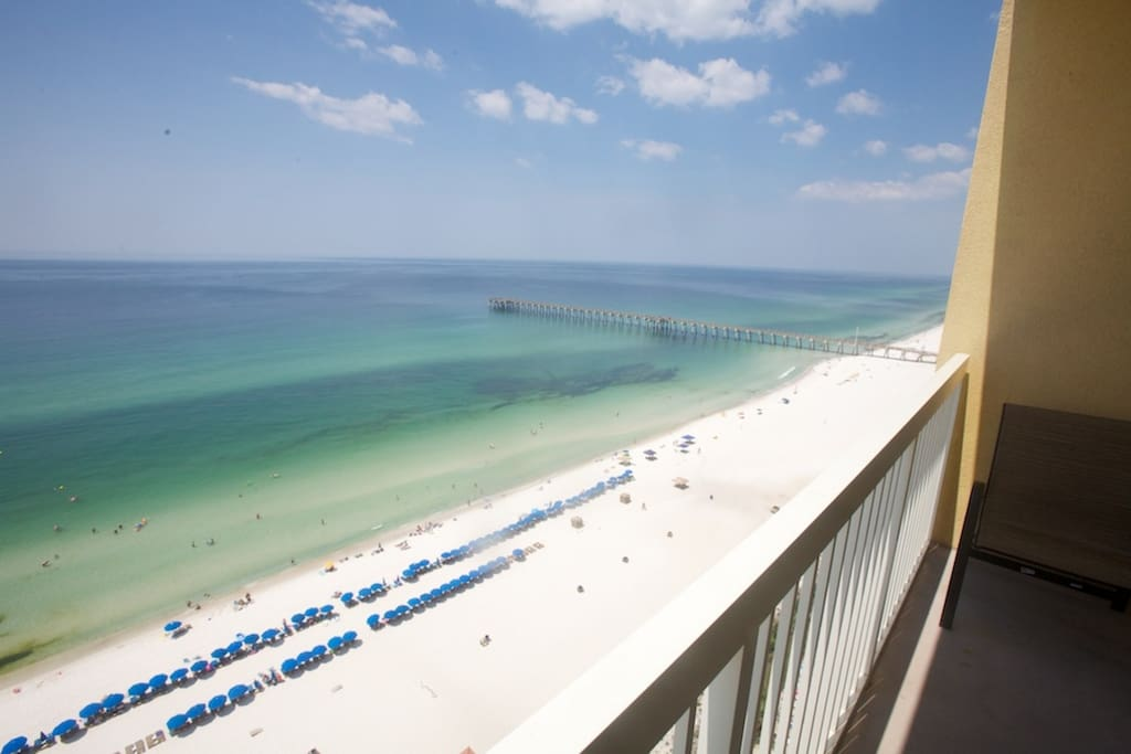 Amazing Views of the Gulf of Mexico and Pier