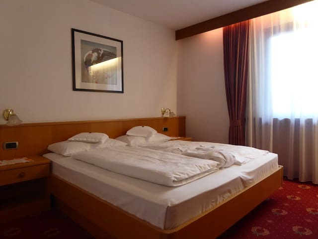 Gästehaus Bruggmilla - Campo Tures - Bed & Breakfast