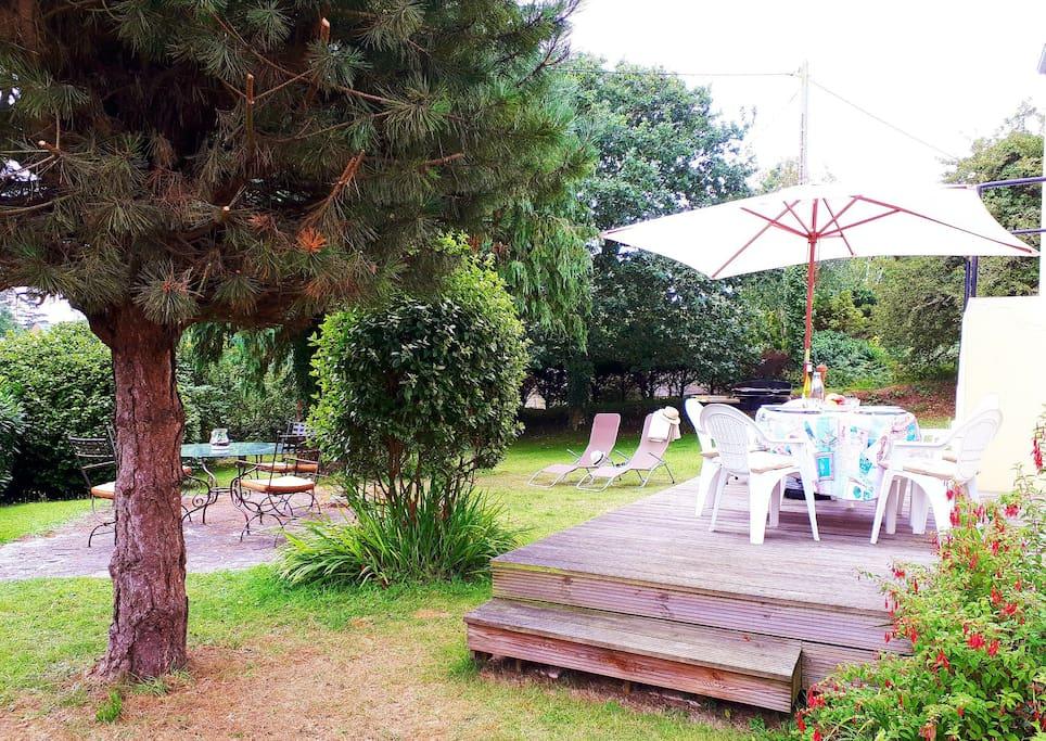 Terrasses de notre jardin