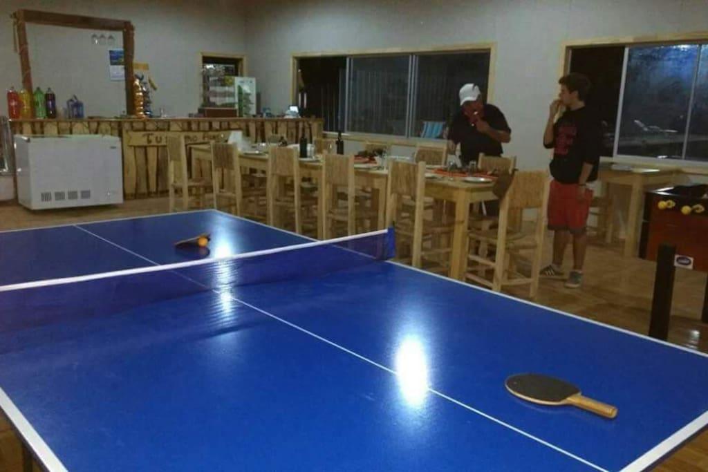 Tenis de mesa.. Servicio gratuito en nuestro quincho