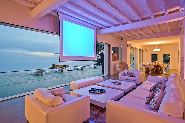 Ultra Luxury 7 Bedroom Villa in Es Cubells Ibiza - Santa Eulària des Riu - Vila