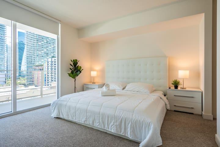 3/2 Brickell Deluxe Residences w/ Hotel-Amenities