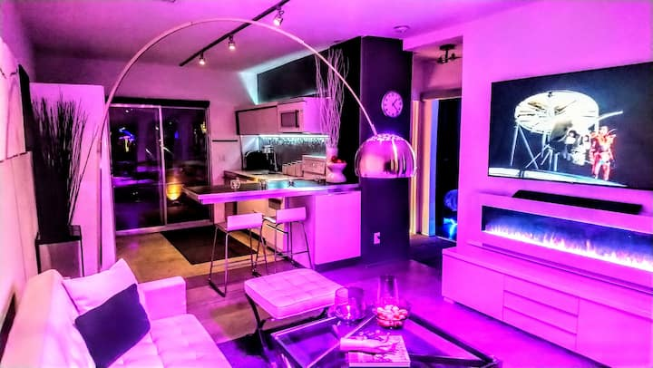 301M DeluxeDapperDeLIGHT(PRIVATE SPA/PATIO Dwntwn)