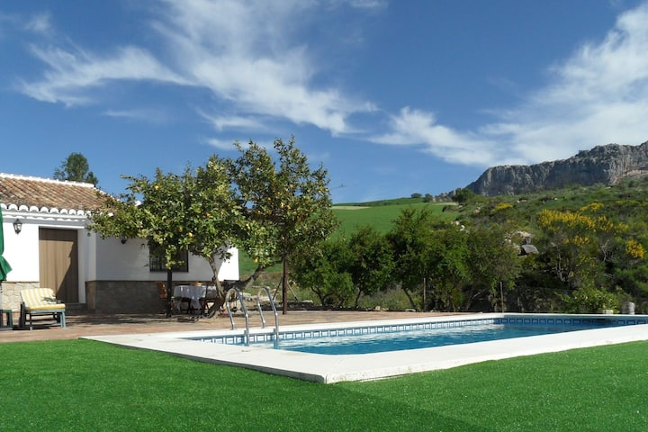 Modern Cottage in Andalusia with Swimming Pool