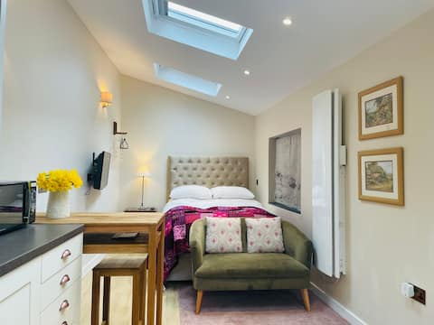 Luxury Self-Contained Annexe