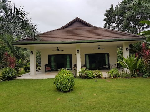 Dragonfly Home Stay Villa