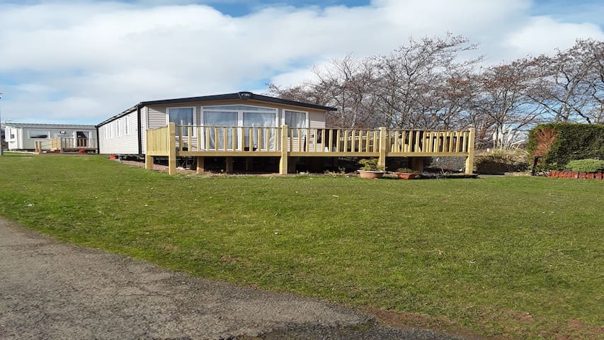 Biarritz swift caravan with outside decking upto 6
