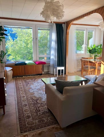 Green home 7mins by metro to the Wenceslas Sq.
