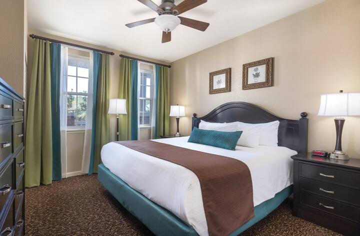 Wyndham Governors Green - 2 Bedroom Deluxe