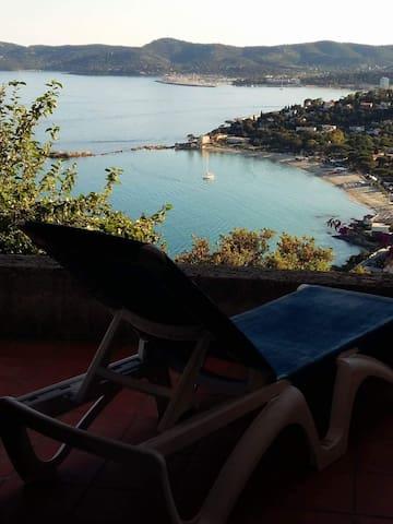 Villa vue sur la mer
