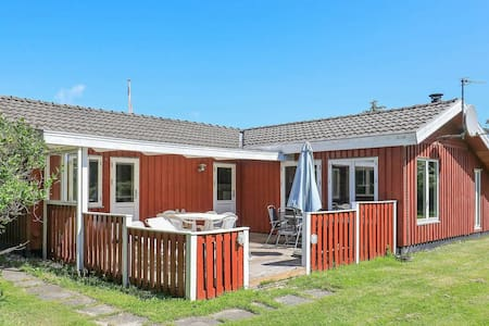 Attractive Holiday Home in Bindslev with Barbecue