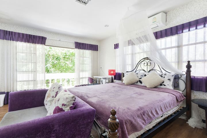 Cozy stay family connecting room (2 rooms 2 beds)ไ