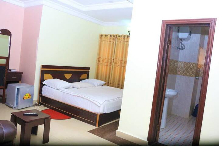 Empire International Hotels - Ambassadorial Suite