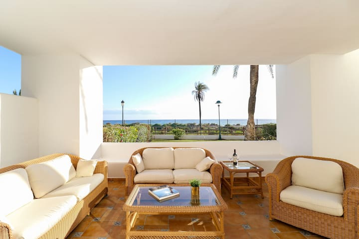 Beachfront Los Monteros Palm Beach