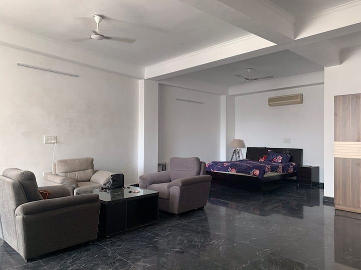 Spacious  condo in the centre of Jaipur!