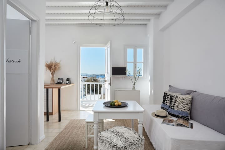 Maison Central 2 Bedroom apartment in Mykonos Town