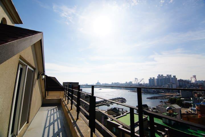 The harbor 2, 701호 (복층구조)  - 아랫층 23평+ 윗층15평