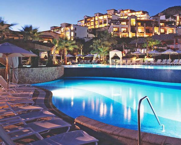 PUEBLO BONITO @ SUNSET BEACH - LOW COST