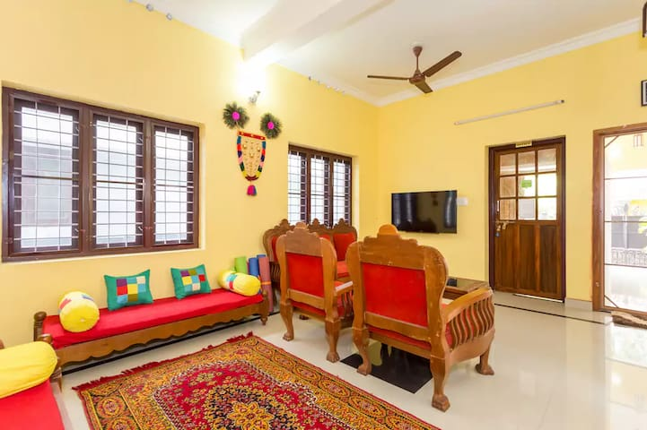 A/c Room (102) @ Sowparnika Hermitage, Fort Cochin - Kochi - Guesthouse