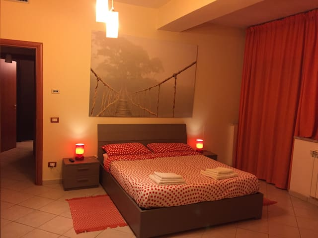 NEW APARTMENT IN CENTER - Cassino - Apartemen