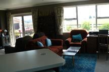 Large lounge, WiFi, TV.