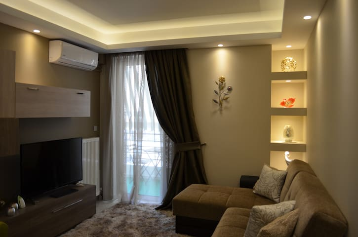 Happy place near the city centre - Galatsi - Apartment