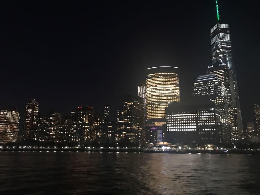 NY Hudson cruise  by night