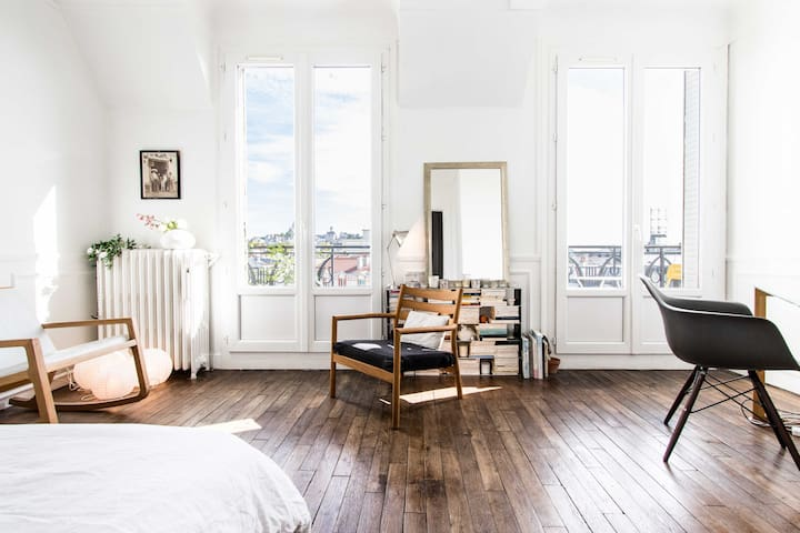 Beautiful & bright studio near Montmartre - Professional Cleaning