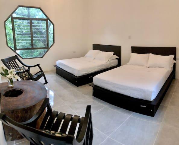 Las Plazuelas - Habitacion Roble