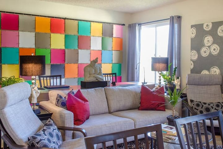 Room Away from Home - King Bed - Burlingame - Appartement