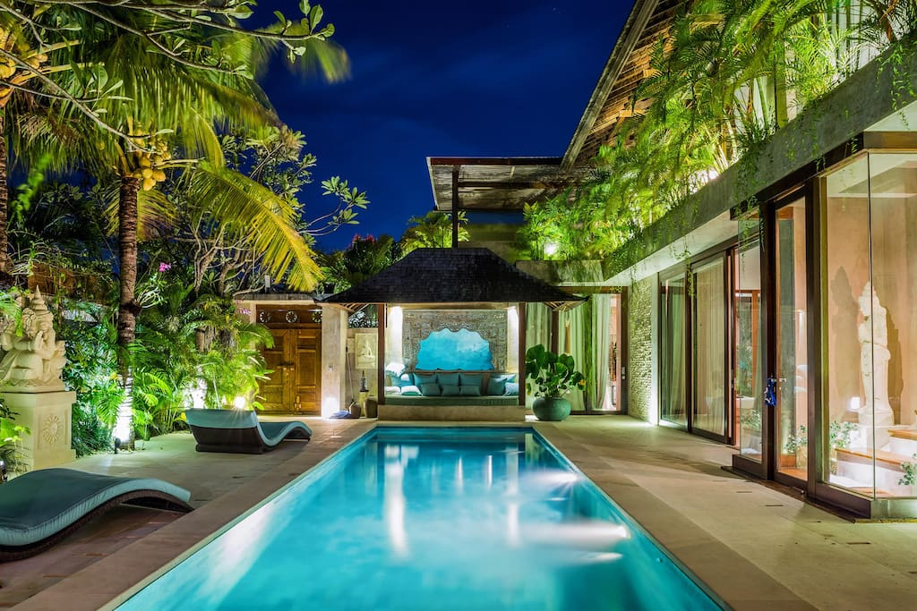 PRIVATE SWIMMING POOL view by night