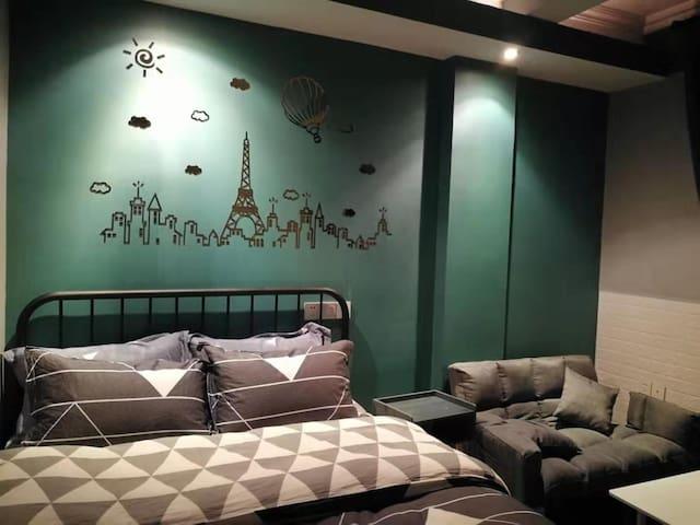 鑫泰宾馆【三间房】个性化家庭式公寓,民宿