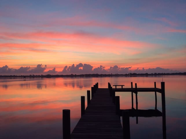 Indian River Getaway—Studio Apartment—Private Dock