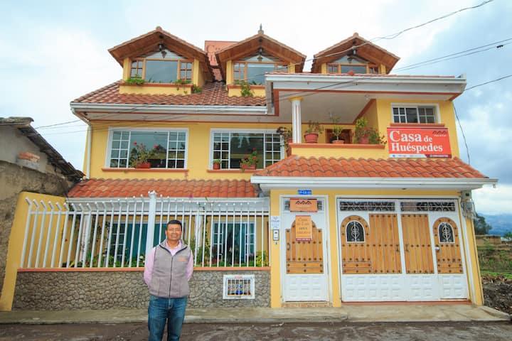 """Casa de Huéspedes """"Casa de Luis"""""""