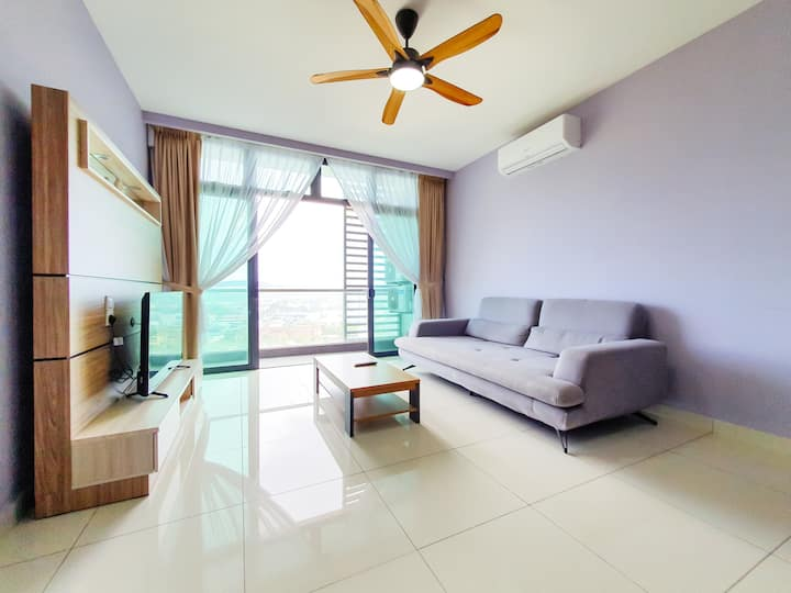 Green Haven 3BR Suites+WiFi+PoolView [TG]