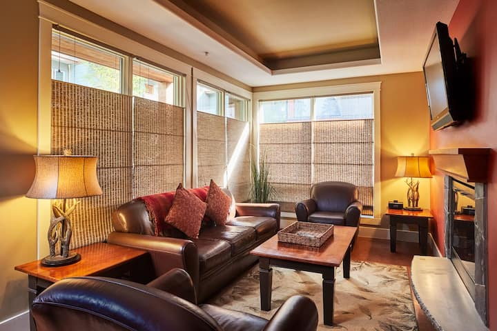 Resort suite near downtown Canmore |No Service Fee