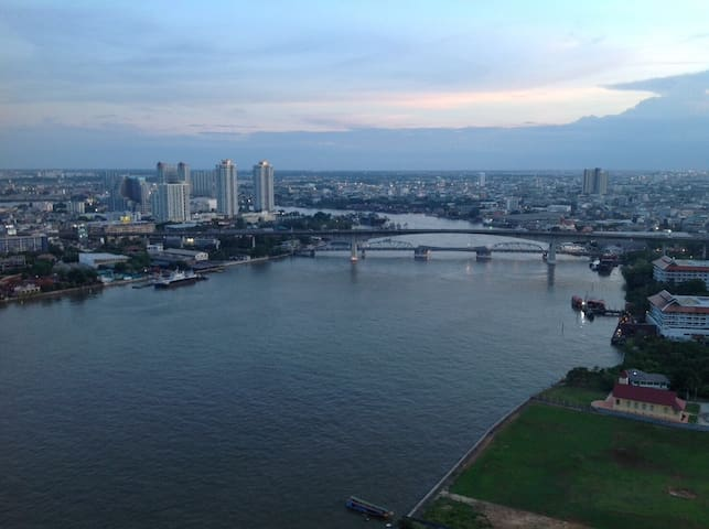 The Metro's Bangkok riverside one bedroom