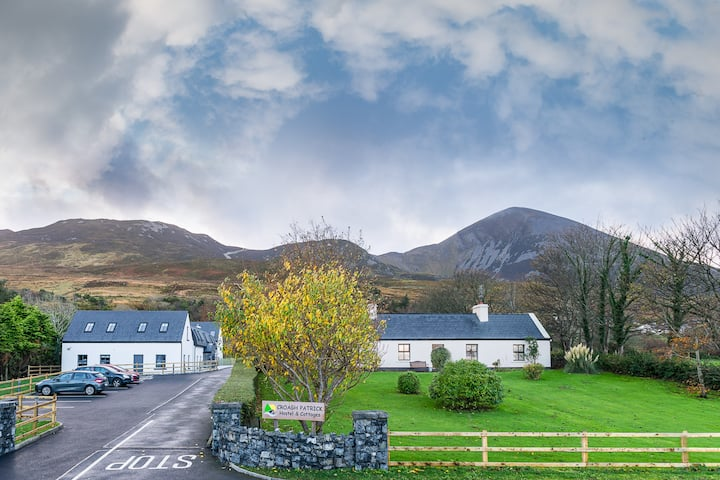 Reek Cottage @ the foot of Croagh Patrick Mountain