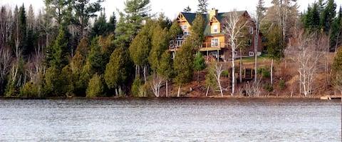 Cedar Brook Landing River Lodge