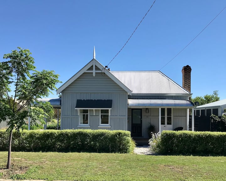 The Gables Mudgee.  Heritage listed, Circa 1885