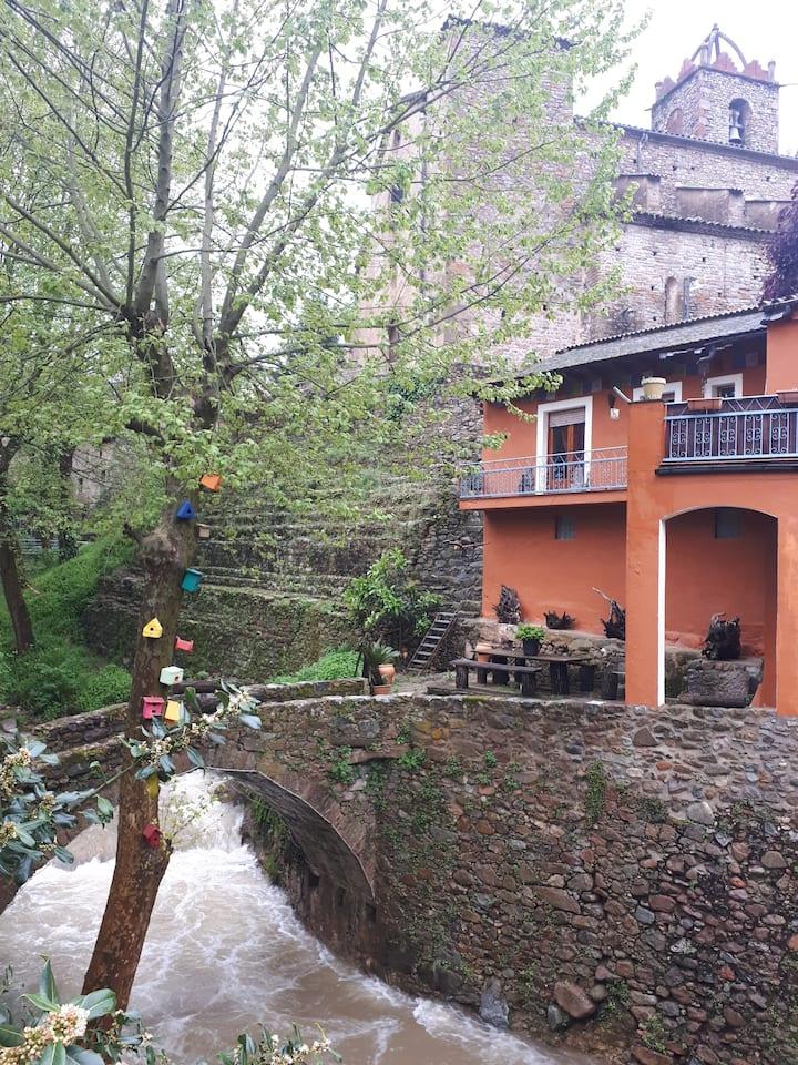River house - Casa junto al río - Osor