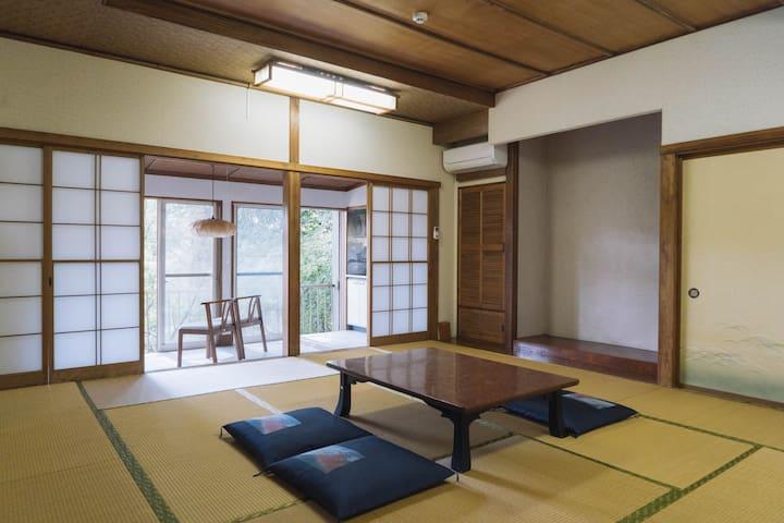 """富士山ゲストハウス掬水  個室「湧玉」(Private Room """"Wakutama"""")"""