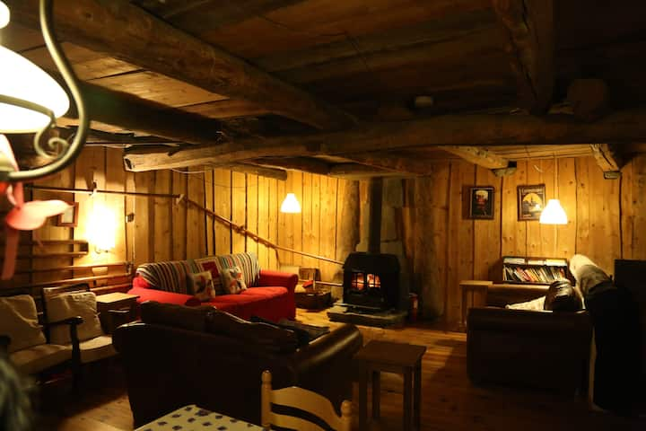 Traditional chalet near Les Arcs, Bourg St Maurice