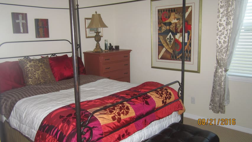 Peaceful Amenities - Wesley Chapel - Bed & Breakfast