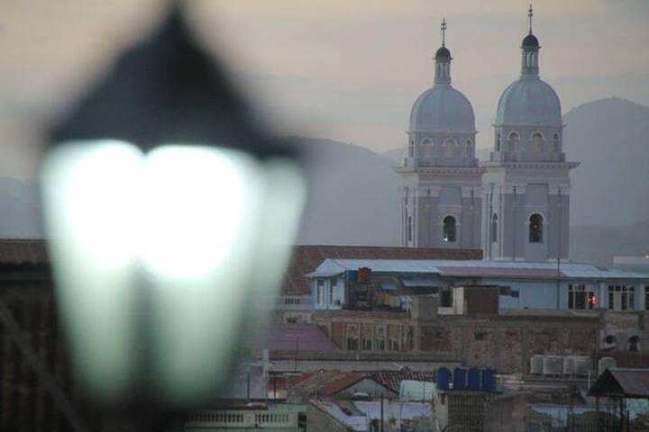 Central and Panoramic house in Santiago. - Santiago de Cuba - Huis