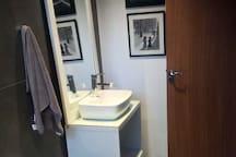 Seu banheiro privado dentro do seu quarto
