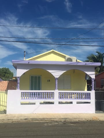 Harbour House with private pool - Guanica - Huis