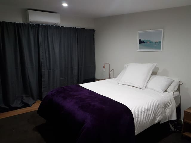Close to town B3 room & ensuite