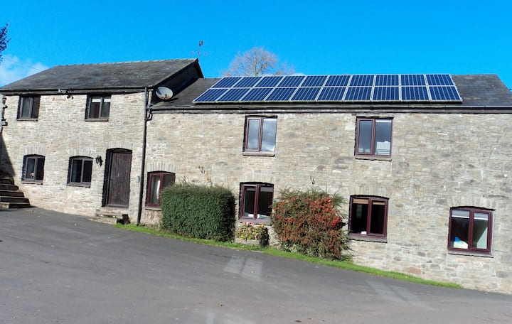 Woodland View, Cefncoedbach Farm Holiday Cottages